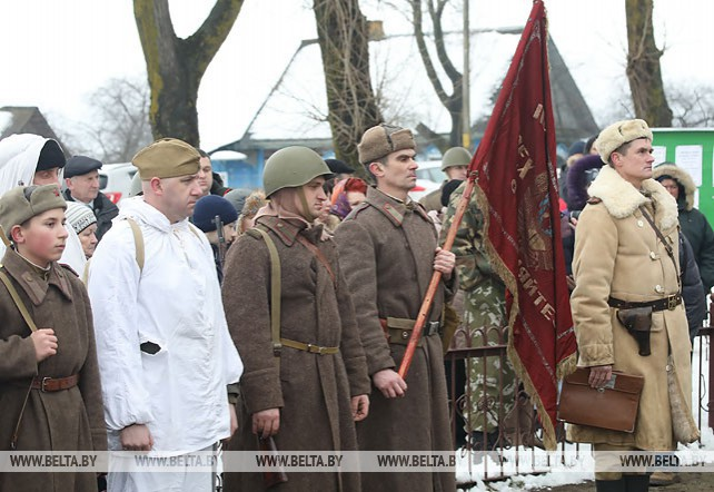 В Светлогорском районе отметили 75-летие освобождения поселка Дуброва от немецко-фашистких захватчиков