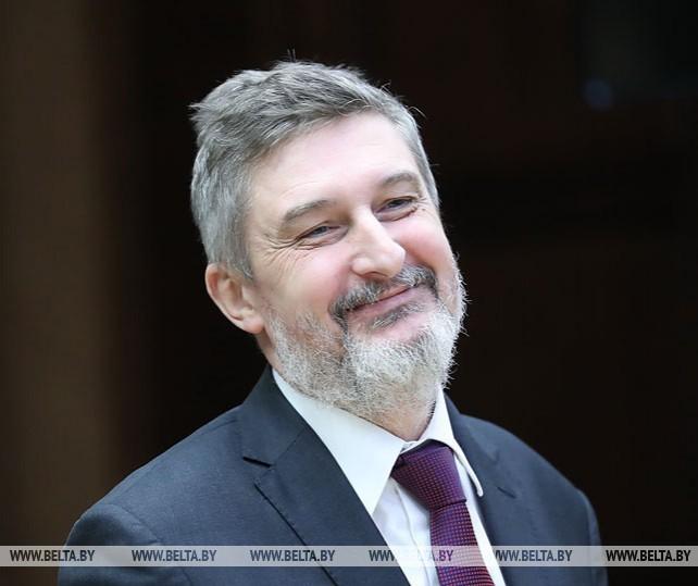 Мясникович встретился с послом Польши