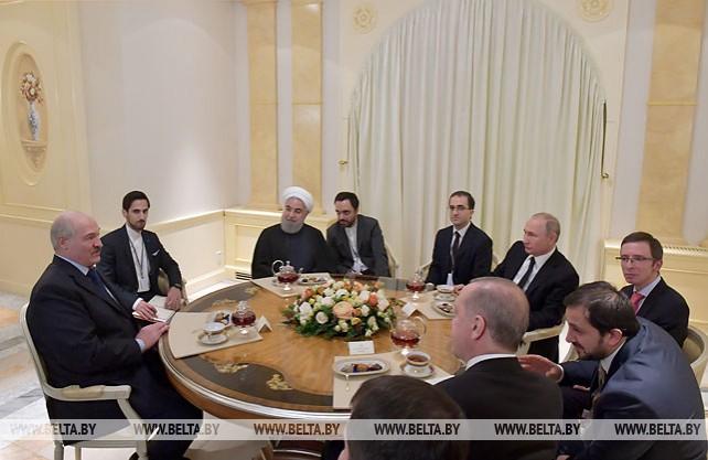 Лукашенко принял участие в неформальной встрече с президентами России, Ирана и Турции