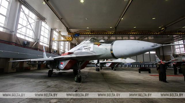 Беларусь передала ВС Сербии четыре самолета МиГ-29