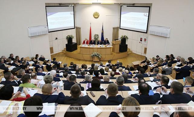Развитие региональной политики и местного самоуправления обсуждают в Минске
