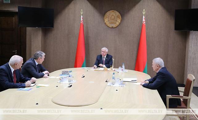 Мясникович встретился с председателем комитета Госдумы РФ по делам СНГ