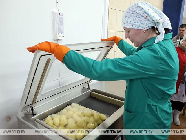 """До 3 т упакованного в вакуумные пакеты картофеля может ежесуточно выпускать ОАО """"Комбинат """"Восток"""""""