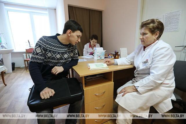 Военкомат Советского района проводит медицинский осмотр и отбор новобранцев