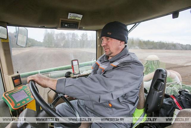 Полевые работы в Брестской области начались на две недели раньше обычного