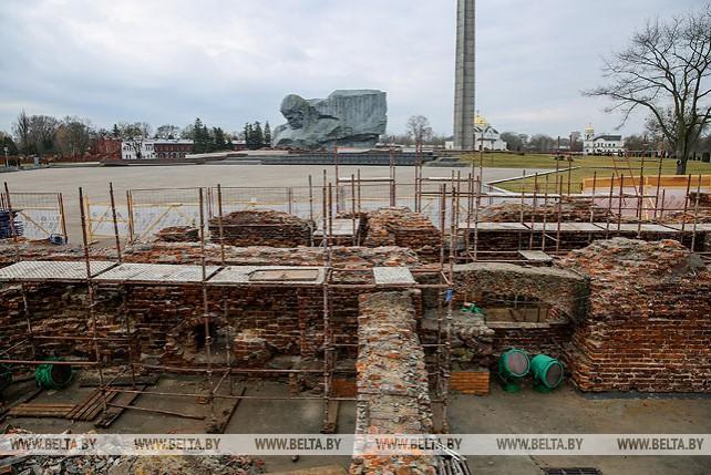 В Брестской крепости ведутся работы по консервации руин Белого дворца