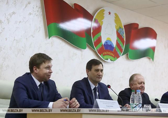 Рыженков: местная власть должна быть на связи с людьми в режиме онлайн