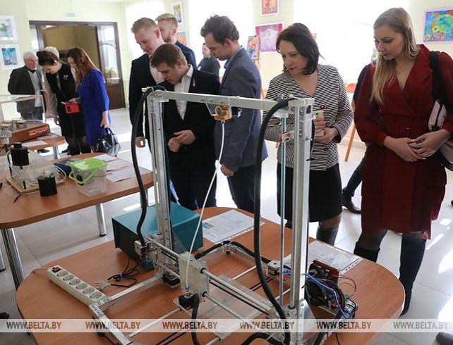 Выставка творчества учащихся и педагогов открылась в Витебске