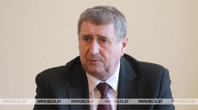 Русый провел выездной прием граждан в Славгороде