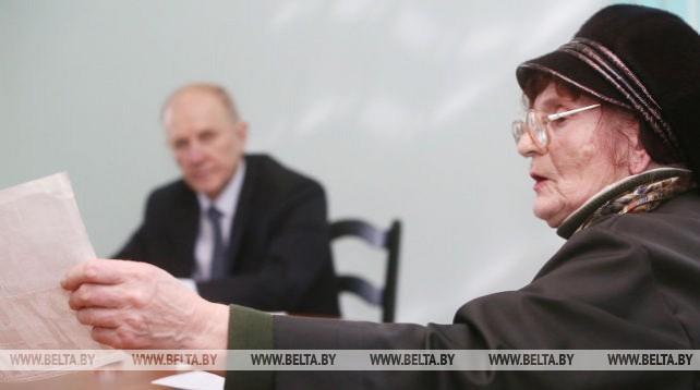 Кравцов провел личный прием граждан в Березовке