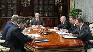 Лукашенко обозначил вектор развития ИКТ в Беларуси