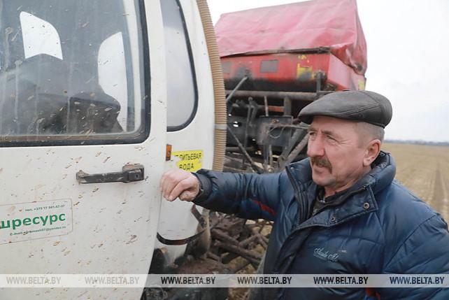 Аграрии Могилевской области приступили к массовому подсеву многолетних трав