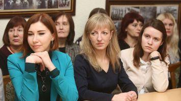 Министр информации встретился с писателями Гродненской области