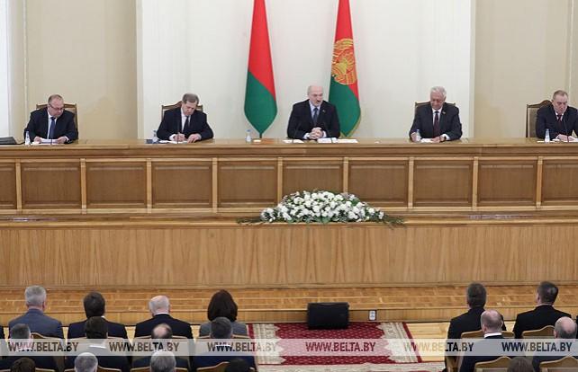 Лукашенко встретился с активом Барановичей и Барановичского района