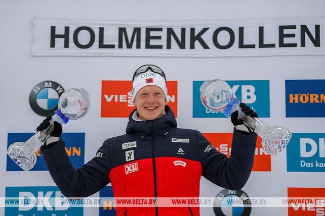 Йоханнес Бё победил в спринте на заключительном этапе КМ по биатлону в Норвегии
