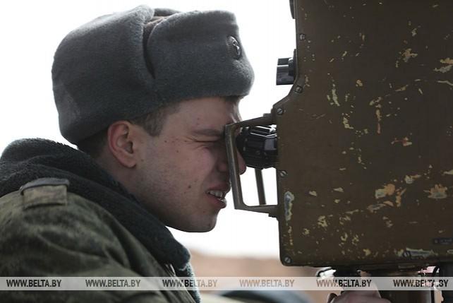 Батальонное тактическое учение с боевой стрельбой прошло под Борисовом