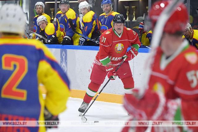 Хоккейная команда Президента Беларуси победила брестчан в полуфинале любительского турнира