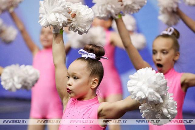 В Минске прошли открытое первенство и чемпионат страны по чирлидингу