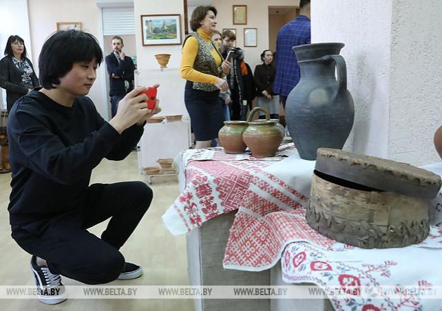 В Витебске открылась выставка мастеров художественных ремесел Смоленщины