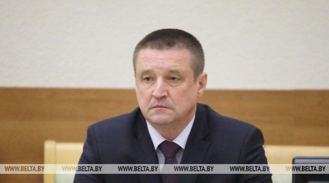 Могилевский облсовет утвердил в должности председателя облисполкома Леонида Зайца