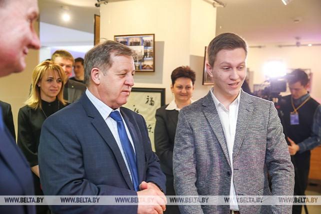 Анатолий Лис провел встречу со студентами Полесского госуниверситета