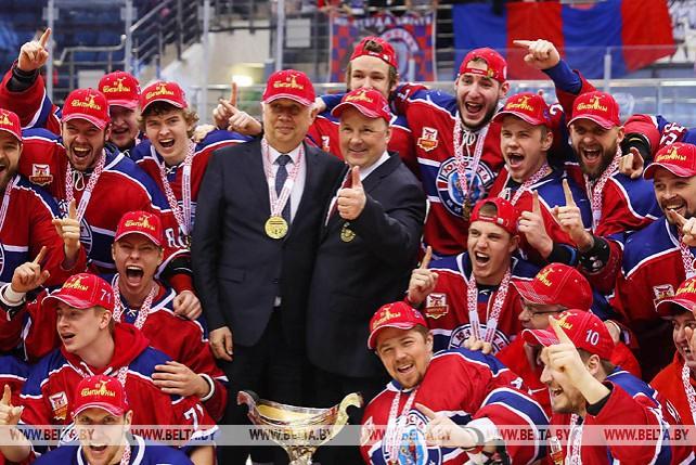 """Хоккеисты """"Юности"""" победили """"Неман"""" и стали обладателями Кубка Президента"""