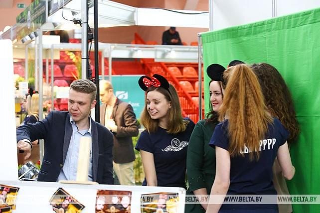 Около 150 компаний представили товары и услуги на форуме-выставке деловых контактов в Бресте