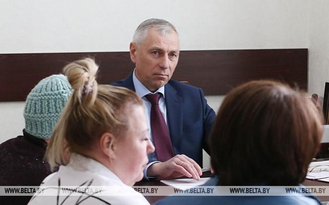 Мицкевич провел прием граждан в Смолевичском райисполкоме