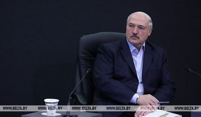 Лукашенко провел встречу с представителями IT-сообщества в Парке высоких технологий
