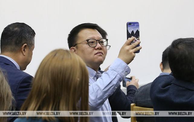 Китайские журналисты посетили МГЛУ