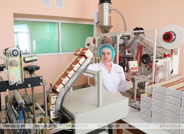 """Предприятие """"Калина"""" освоило выпуск чая с добавлением лекарственного растительного сырья"""