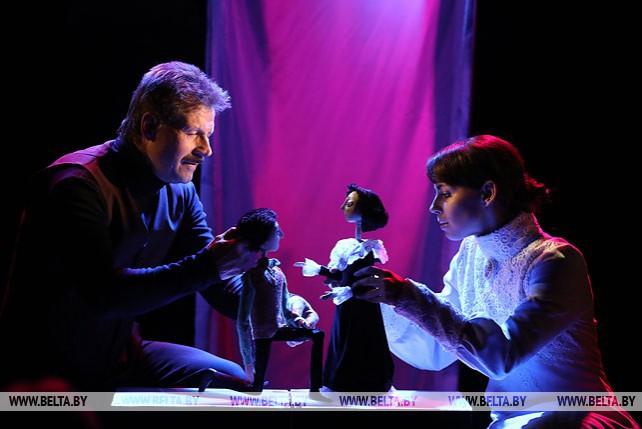"""Театр """"Лялька"""" показал премьеру спектакля """"Художник. Возвращение в Витебск"""""""