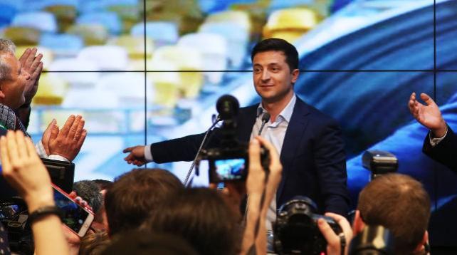Зеленский лидирует на выборах президента Украины после подсчета 90% протоколов