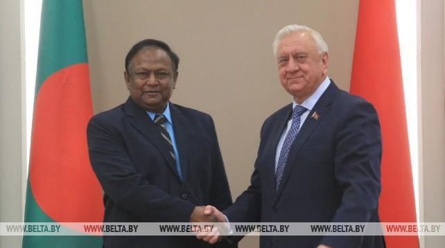 Мясникович встретился с делегацией Бангладеш