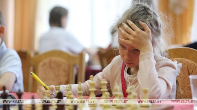 """Соревнования по шахматам """"Белая ладья"""" проходят в Ратомке"""
