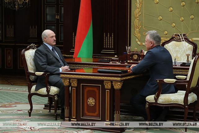 Лукашенко встретился с председателем Федерации профсоюзов Беларуси