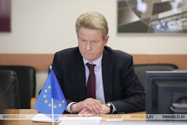 Депутат Европейского парламента, экс-президент Литвы Роландас Паксас встретился с министром энергетики Беларуси Виктором Каранкевичем