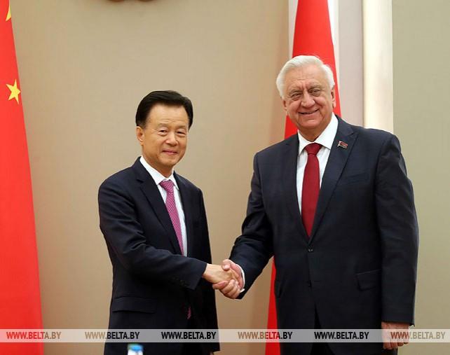 Мясникович встретился с представителями китайских компаний