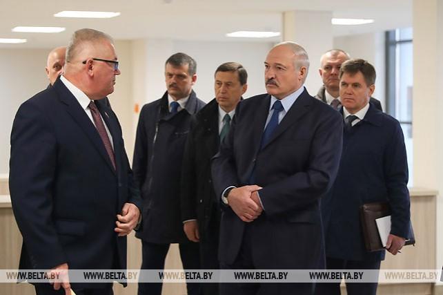 Лукашенко посетил Студенческую деревню