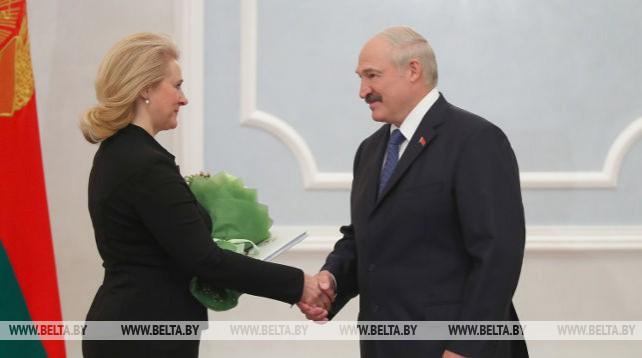 Лукашенко привел к присяге судью Конституционного суда Беларуси