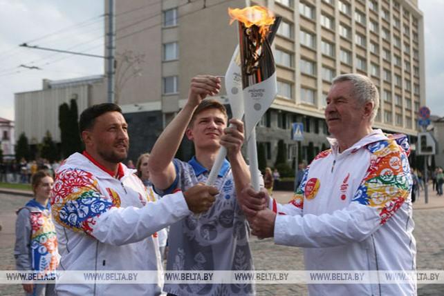 """Эстафету """"Пламя мира"""" встретили в Гродно"""