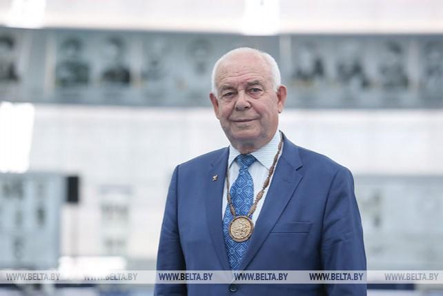 Олимпийский чемпион Сергей Макаренко