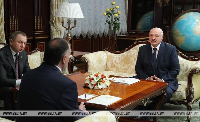 Лукашенко встретился с послом Таджикистана