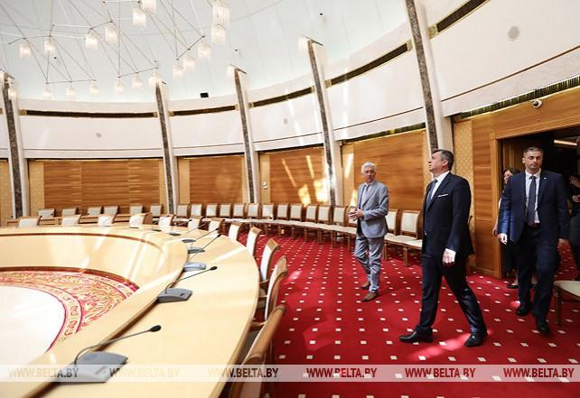 Словацкие парламентарии посетили Национальную библиотеку Беларуси