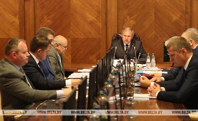 Эффективность реализации госпрограмм в 2018 году рассмотрена на заседании Президиума Совмина