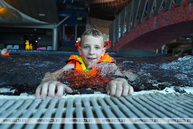 СК провел акцию для детей в аквапарке
