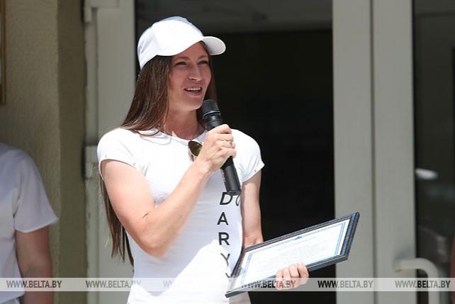 Дарья Домрачева наградила лучших учащихся минского колледжа
