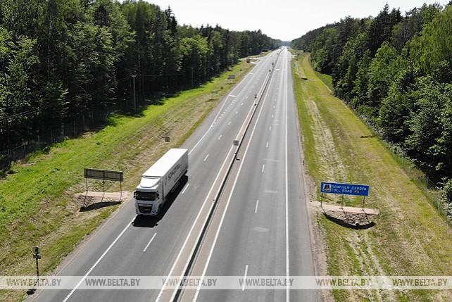 В Гродненской области движение по четырем полосам открыто на очередном участке трассы М6