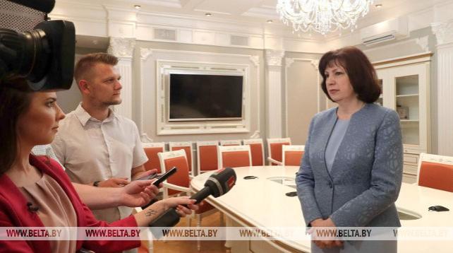"""Кочанова: на контроле осталось 102 обращения из 2,5 тыс. поступивших к """"Большому разговору с Президентом"""""""