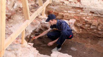 У стен Спасо-Преображенской церкви в Полоцке ведутся масштабные раскопки